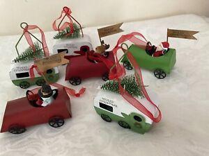 Set of 6 Christmas Xmas Baubles Red Green White 7 cm Plastic Cars Caravans Tree