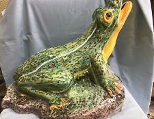 Gigantesca rana cerámica Talavera muy buen estado