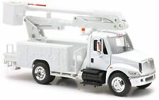 International 4200 Line Maintenance Truck 1:43 Scale White NEW RAY 15913 E