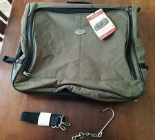 7fc1e3c548f6 Eddie Bauer Garment Bags