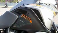 2 adesivi 3D PROTEZIONI LATERALI SERBATOIO compatibili x MOTO KTM 1090 ADVENTURE