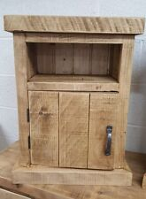 SOLID WOOD RUSTIC CHUNKY PLANK BEDSIDE CABINETS WITH CHUNKY TOP & PLINTH