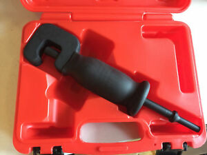 Pneumatic bolt removal tool MASTER PRO
