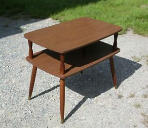 Vintage Mid Century Danish Modern 2 Tier Wood & Laminate End Table Side Table