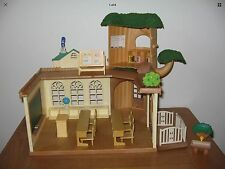 CALICO CRITTERS Country TREE SCHOOL BY SYLVANIAN FAMILIES