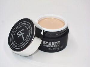 NIB! It Cosmetics Bye Bye Under Eye Concealing Pot in Medium Complete Coverage!