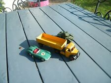DINKY TOYS -  Lot de 2 véhicules