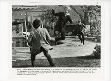 EYE FOR AN EYE Original Movie Still 8x10 Chuck Norris, Ripped Corner 1981 7273