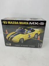 Sealed REVELL '92 MAZDA MIATA MX-5 MODEL KIT 1/25 SCALE 85-4432