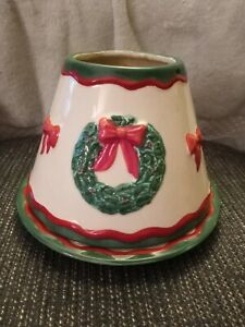 Yankee Candle LRG CERAMIC Jar Topper SHADE Christmas Raised Wreaths with plate.
