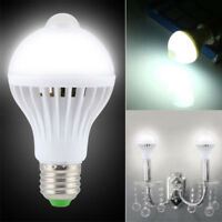 Motion Sensor Detector Bulb IR LED Auto On/Off In/Outdoor Night Light Lamp 7W/9W