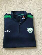 Official Republic of Ireland Pre-Match Football Tracktop XL - Umbro - Free P&P