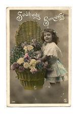 CPA Jolie carte enfant Jeune Fille Robe Dentelle Souhaits Sincères Fleurs panier