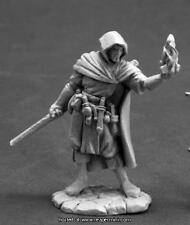 Reaper Miniatures Dark Heaven Legend Ellus Mann, Wizard RPR 03606
