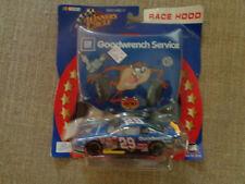 WINNERS CIRCLE RACE HOOD KELLOGGS 1/43 SCALE #29 HARVICK  Looney Tunes