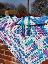 "Handmade Crochet Baby Coperta 62 cm [24 1/2""] Quadrato Bianco, Blu Rosa Turchese"