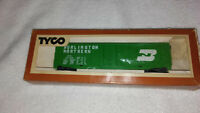 TYCO Burlington Northern Box Car Model 339-E HO Scale