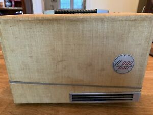 REVERE Automatic Slide Projector 2x2 and Bantam - Model P888