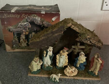 CHRISTMAS NATIVITY SET WITH PORCELAIN FIGURINES Traditional Xmas Decoration