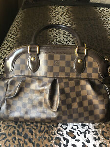 Louis Vuitton Damier Trevi PM Shoulder Bag