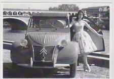 carte postale - CITROEN 2CV - SUR LES QUAI A PARIS 1956