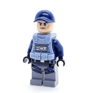 LEGO Minifigure ACU Trooper Vest Male Angry jw010 Jurassic World