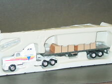 ERTL, Kenworth T600B With Flat-Bed Trailer & Cargo, New
