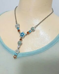 Costume jewellery multi colour flowers and diamante necklace N500