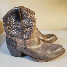 $598 Frye Deborah Studed Distressed Brown Leather Ankle Boot 77861 Women 6 EUC