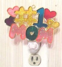 #1 MOM NIGHTLIGHT (A GREAT CHRISTMAS/BIRTHDAY GIFT FOR A MOTHER)