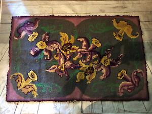 "VTG Wanda Roe Hand Designed Hooked 30"" X 45"" Purple Orchid Area Rug Rectangle"