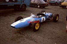 PHOTO  FRED TIEDEMAN'S TIDY FORMULA JUNIOR LOTUS 22 BEARS 'TO LET' SIGNS SILVERS