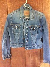 Levi's Denim Medium Wash Blue Jean Jacket Sz Medium M Women's Cropped Boyfriend