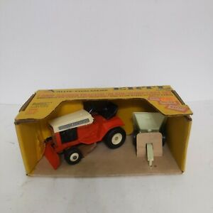 1/16 Allis Chalmers Lawn and Garden Tractor Toy with Cart
