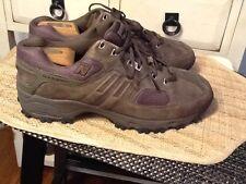 New Balance MW747 Men US 11.5 4E Brown leather Walking Shoe Excellent condition