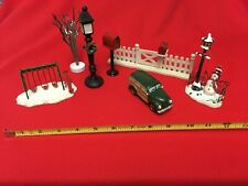 Village Square Lamppost and other various accessories - Pre-owned