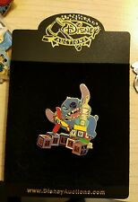 Disney Auctions (P.I.N.S.) - Stitch as King Kong #2 LE 1000 Disney Pin