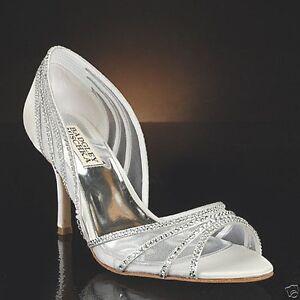 NIB Badgley Mischka Glynn wedding bridal D'orsay sandals pump shoes white 8