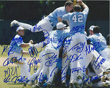 2013 North Carolina Signed Team Photo 8x10 CWS College World Series 26 Sigs