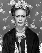 FRIDA KAHLO MEXICAN PAINTER - 8X10 PHOTO (WW171)