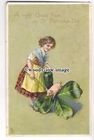 "su2719 - "" St.Patrick's Series"" Girl, Pig & Four Leaf Clover - postcard Tuck's"