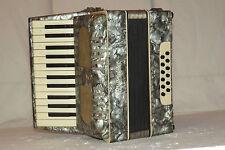 Piano accordéon akkordeon weltmeister 12 basses