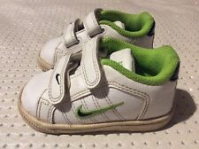 Kids boys girls Nike trainers shoes size 4 infant