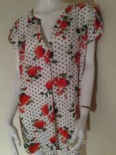 Woman summer floral top plus size 3X polka dots feminine cap sleeves NWT paraphr