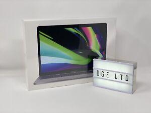 Apple MacBook Pro 13 2020 M1 8CPU 8GPU 256GB Space Grey UK