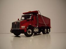 FIRST GEAR 1/50 RED AND BLACK KENWORTH T880 TANDEM-AXLE DUMP TRUCK