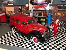 Danbury Mint 1946 CHEVY SUBURBAN, CARRYALL DELIVERY RED, BLACK STEPSIDE TRUCK