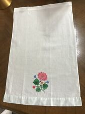 Small vintage floral tablecloth 55/35cm