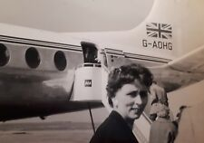 1958 B/W Photograph. First-Time Flier Woman, BEA Vickers Viscount (G-AOHG)