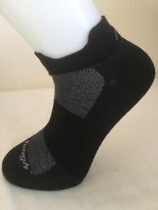 Darn Tough men's merino Endurance no show light cushion sports sock. Medium